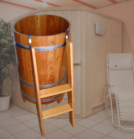 tauchbecken schwalldusche schwallbrause kneippschlauch die richtige abk hlung nach der sauna. Black Bedroom Furniture Sets. Home Design Ideas