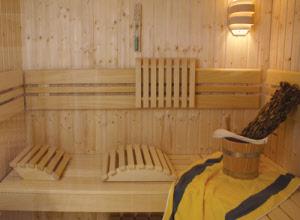 alufolie aluminiumfolie dampfsperre f r den saunabau. Black Bedroom Furniture Sets. Home Design Ideas